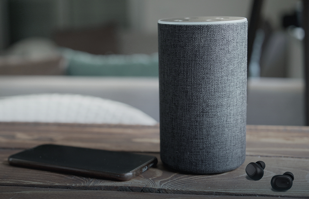 Bluetooth loudspeaker and mobile phone on table